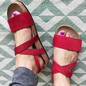 NWOT Matisse for FP Red Cow Hair Sandals Sz 6/7